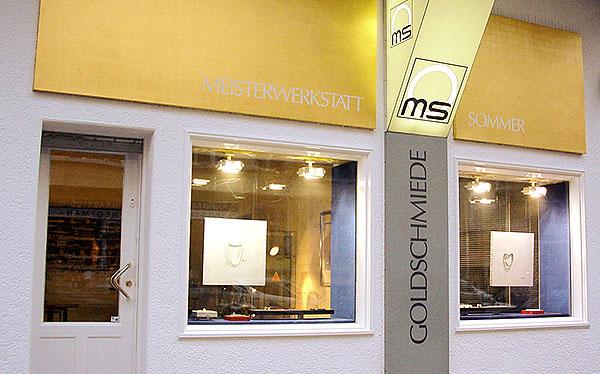 Goldschmiede Maria Sommer - Unikatschmuck in Berlin Steglitz. Wir fertigen Unikatschmuck, entwerfen und arbeiten nach Ihren Wünschen.